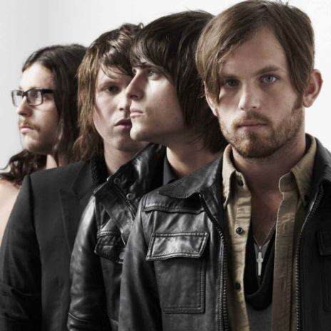"Kings of Leon Announce New Album & Premiere ""Super Soaker"""