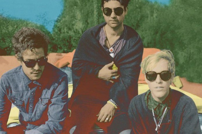 Unknown Mortal Orchestra - (Sittin' On) The Dock of the Bay (Otis Redding Cover)