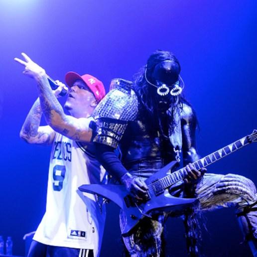 Limp Bizkit featuring Lil Wayne - Ready to Go