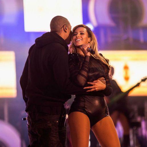 Jay-Z featuring Beyoncé - Part II (On The Run)