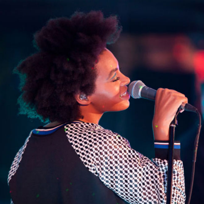 Solange Knowles - Bad Girls (vitaminwater Uncapped Performance)
