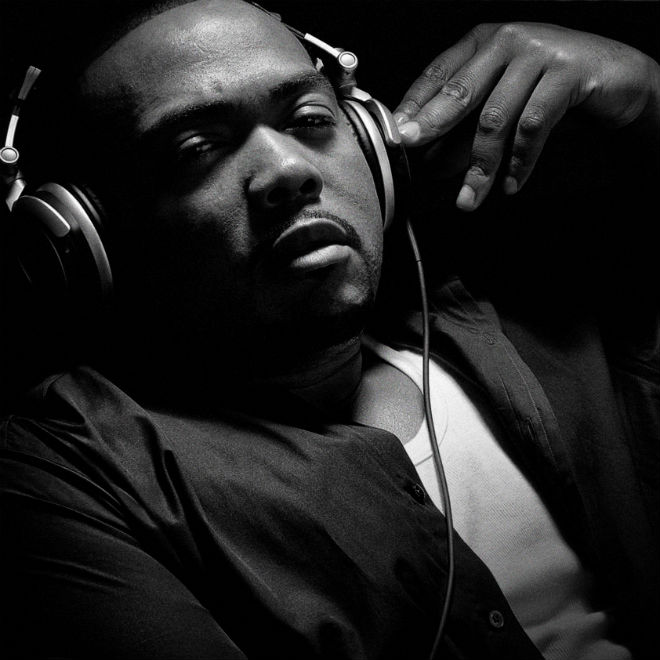 """Timbaland Reveals Nas Has a Song with Jay Z & Justin Timberlake Called """"Sinatra in the Sand"""""""