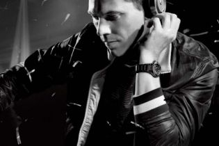 Listen to Tiesto's 2-Hour Mix for Diplo & Friends on Radio 1 & 1Xtra