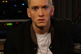 Eminem Sits Down with BBC Radio 1′s Zane Lowe – Part 1