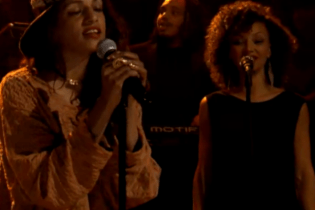 M.I.A. - Come Walk With Me (Live on Fallon)