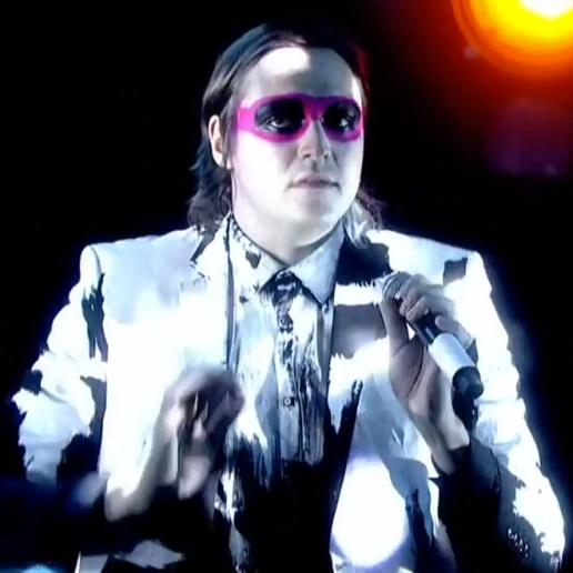 "Arcade Fire Perform ""Afterlife"" on 'Graham Norton Show'"