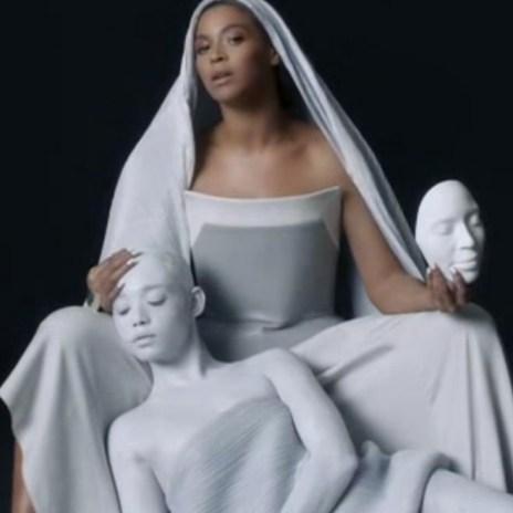 Beyoncé featuring Drake - Mine