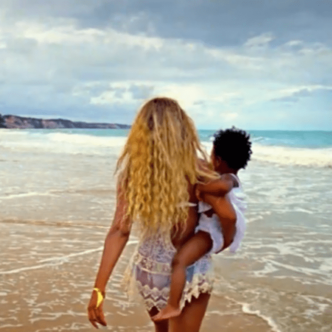 Beyoncé – 'Self-Titled' Mini Documentary (Part 4)