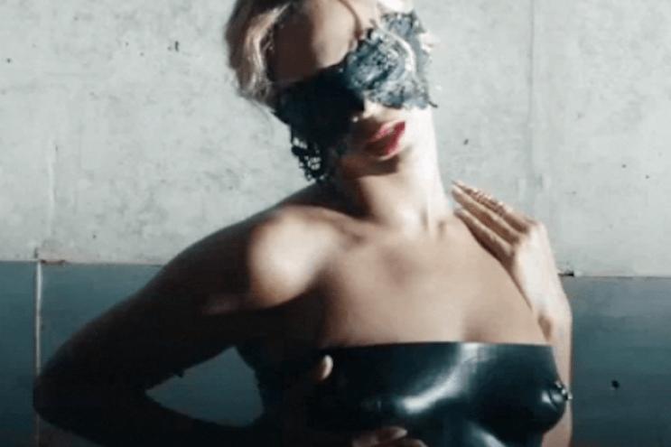 Beyoncé - Yoncé (:30 Preview) (Directed by Ricky Saiz)