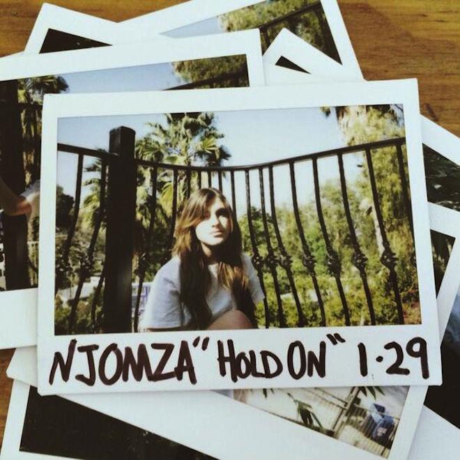 Njomza - Hold On