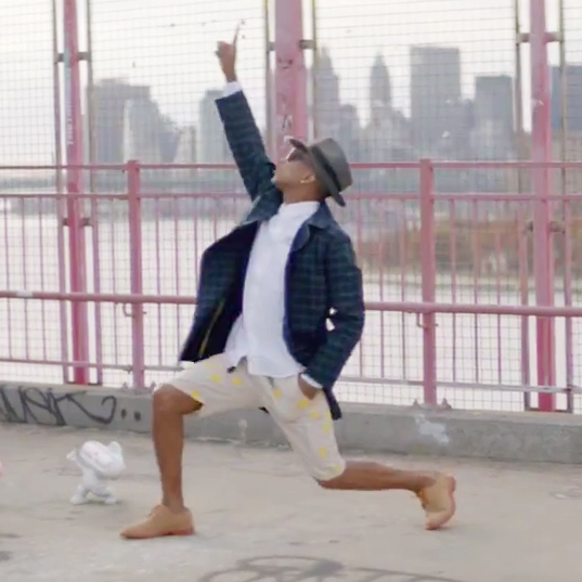 """Pharrell and Pusha T in Beats Pills """"Happy"""" Commercial"""