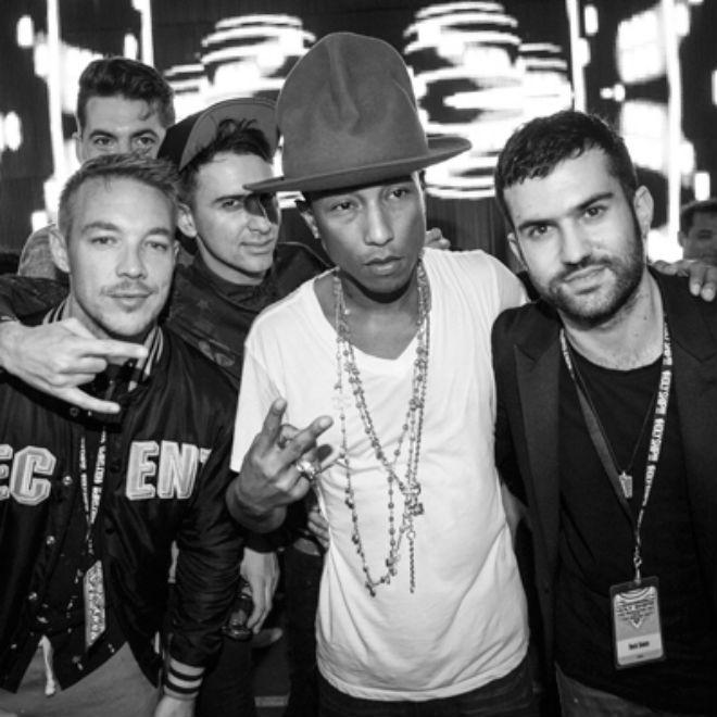 Pharrell Debuts Major Lazer Collaboration at Holy Ship!!!