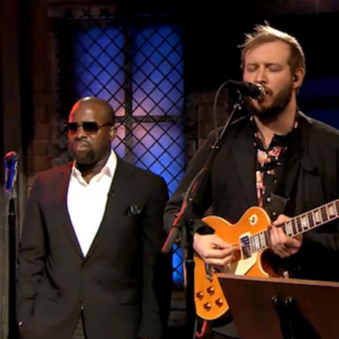 Bon Iver's Justin Vernon Joins The Roots on 'Fallon'