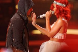 Eminem & Rihanna Announce 'The Monster' Tour