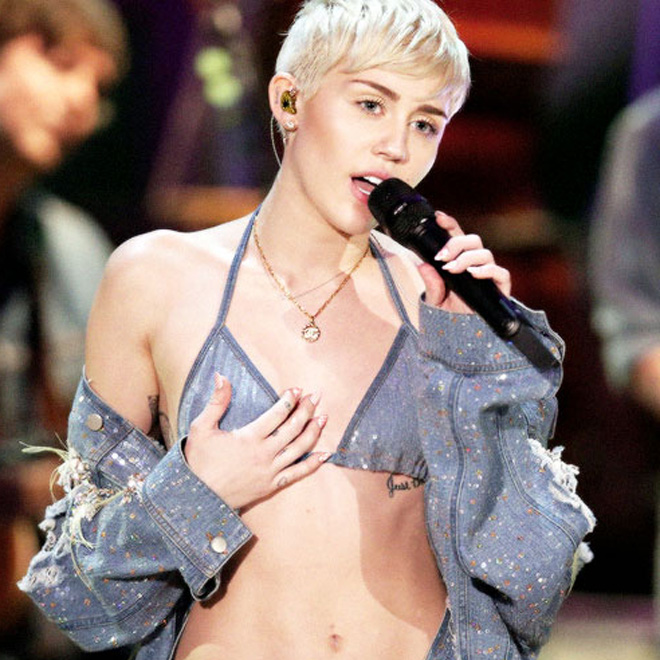 UPDATE: Miley Cyrus - Why'd You Only Call Me When You're High (Arctic Monkeys Cover)