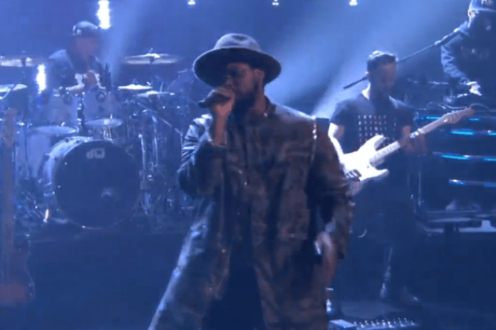 "ScHoolboy Q & BJ The Chicago Kid Perform ""Studio"" on 'Conan'"