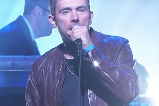 "Damon Albarn Performs ""Mr. Tembo"" and ""Lonely Press Play"" on Jimmy Kimmel Live!"