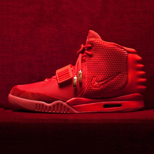 """Juicy J Gives Away His """"Red Octobers"""" at Irving Plaza Show"""