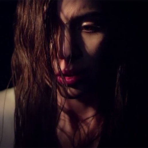 Lykke Li - Love Me Like I'm Not Made Of Stone