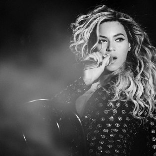 Visual Impressions From Beyoncé's 'Mrs. Carter Tour' in London
