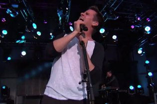 "Foster the People Perform ""Best Friend"" & ""Are You What You Want To Be?"" on Jimmy Kimmel Live!"