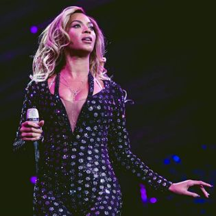 """Beyoncé Tops TIME Magazine's """"100 Most Influential People in the World"""" List"""