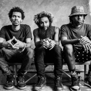 Flatbush Zombies featuring Diamante - Get Yours
