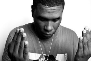 Jay Electronica Informs Fans New Music Is On The Way