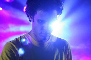 Percussions (aka Four Tet) - Sext