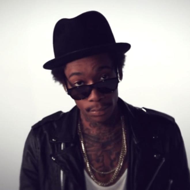 Wiz Khalifa featuring Problem - Smokin Drink