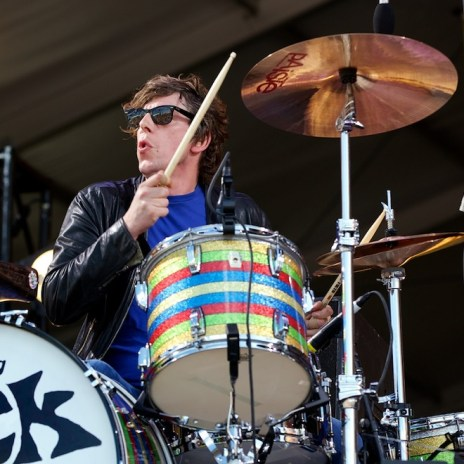 "The Black Keys' Patrick Carney on Justin Bieber: He's ""Irresponsible"" and a ""Moron"""