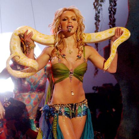 Britney Spears - I'm a Slave 4 U (Deebs Remix)