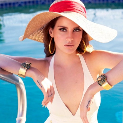 Lana Del Rey Says She Sung for Free at Kanye West's Wedding