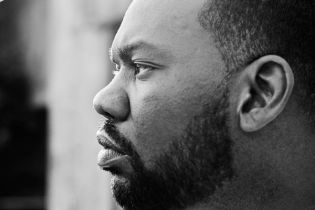 Raekwon featuring Akon – Call Of Duty (Preview)
