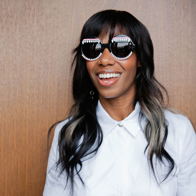 Santigold - Kicking Down Doors