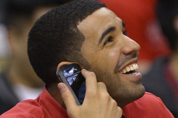 Drake to Promote New BlackBerry Device