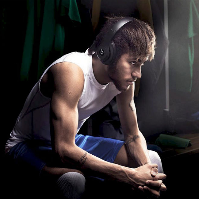 FIFA Bans Beats by Dre Headphones at 2014 World Cup