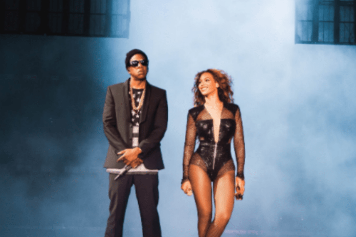 JAY Z & Beyoncé Share More Impressions from Their 'On The Run' Tour