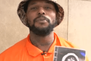 ScHoolboy Q Sells 'Oxymoron' on Times Square
