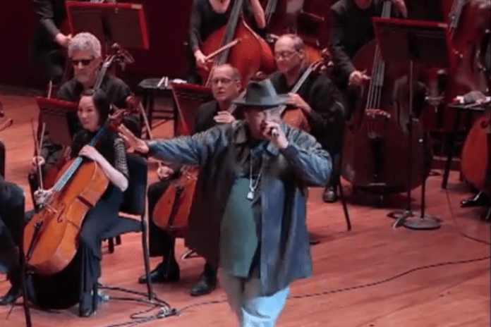 "Watch Sir Mix-A-Lot Perform ""Baby Got Back"" With Seattle Symphony"