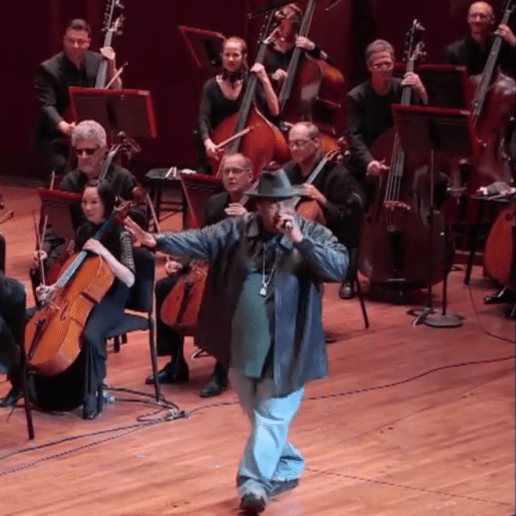 """Watch Sir Mix-A-Lot Perform """"Baby Got Back"""" With Seattle Symphony"""