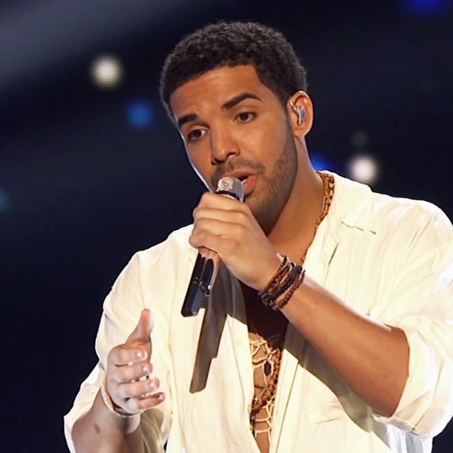 """Drake Performs """"Honorable Mention"""" and """"Side Pieces"""" at the ESPYs"""