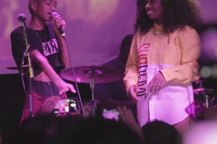 SZA and Willow Smith Perform in Brooklyn