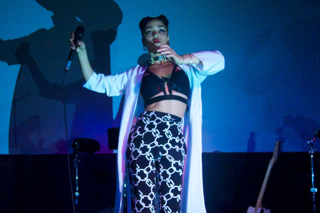 watch fka twigs perform at 2014 pitchfork music festival