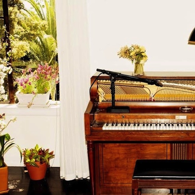 Emile Haynie featuring Charlotte Gainsbourg, Devonte Hynes and Sampha - A Kiss Goodbye