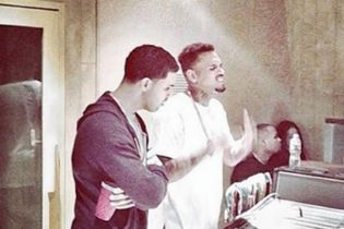 Drake & Chris Brown's OVO Fest Performance Has Reportedly Been Cancelled