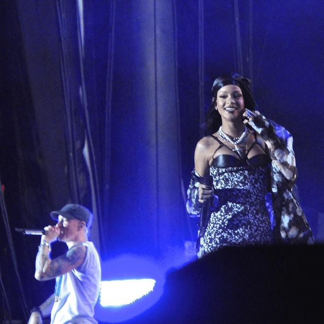 Rihanna Joins Eminem on Stage at Lollapalooza
