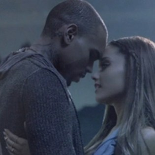 Chris Brown featuring Ariana Grande - Don't Be Gone Too Long