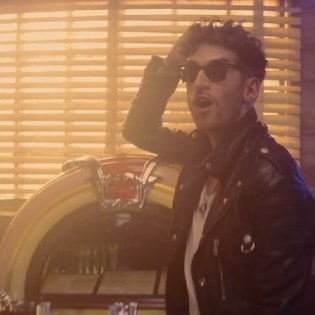 Chromeo featuring HAIM - Old 45's