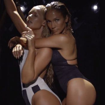 Jennifer Lopez  featuring Iggy Azalea - Booty